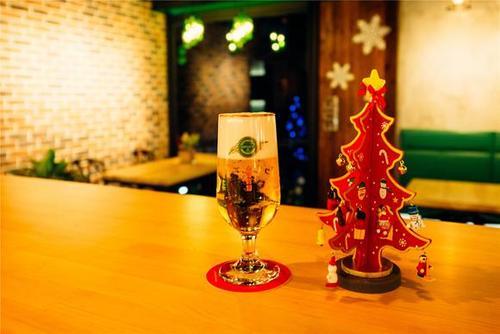 当地啤酒厂在限定时间内提供圣诞啤酒