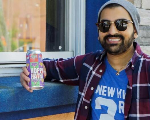 康涅狄格州的年轻人如何决定用德西风味酿造啤酒花