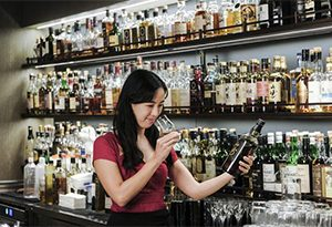 酒知识:匠人之魂-品酒师VictoriaChow:学懂,才懂得享受