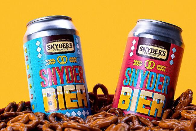 斯奈德用他们的椒盐卷饼酿了两瓶啤酒