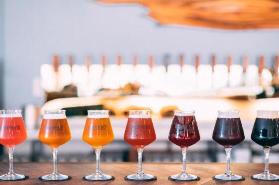 支持独立精酿啤酒酿造商的芝加哥创业孵化器