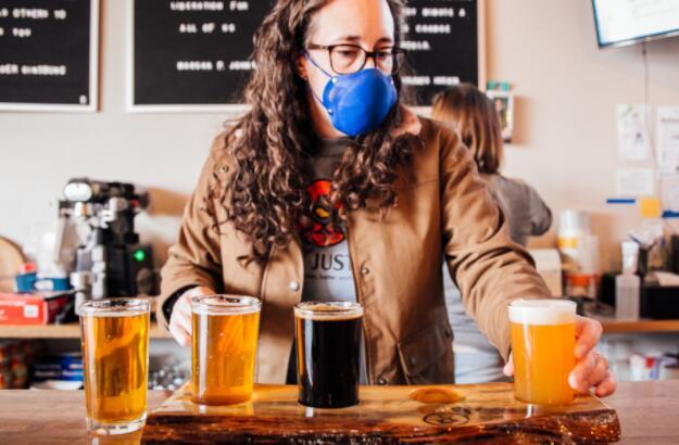 精酿啤酒面临性别和种族清算