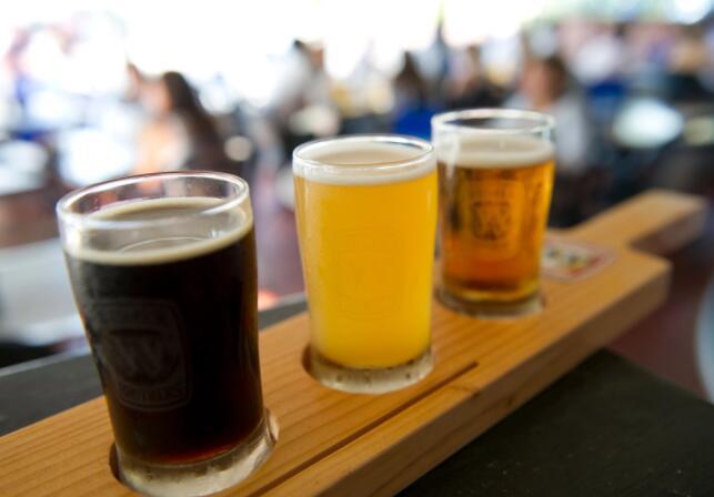 啤酒霸主的竞争在华盛顿再次酝酿