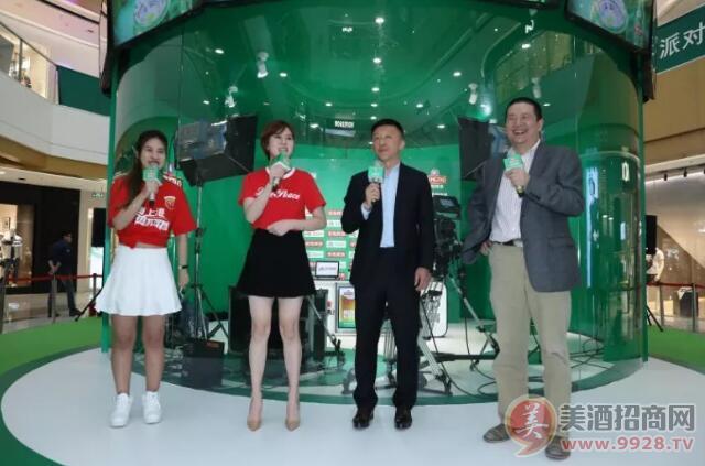 PP体育足球名嘴娄一晨老师、主持人刘越老师、PPTV美女主播肖彬老师